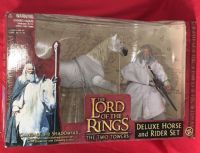 Lord of the Rings The Two Towers: Gandalf & Shadowfax - Deluxe Horse & Rider Figure Action Set